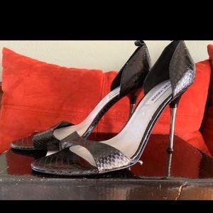 Steve Madden Black Snakeskin Heels